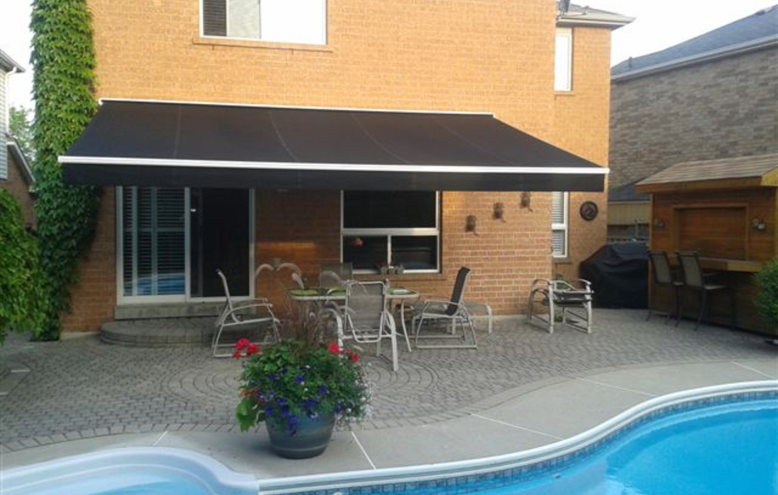 Retractable Awnings - Sunguard Awnings & Patio Furniture